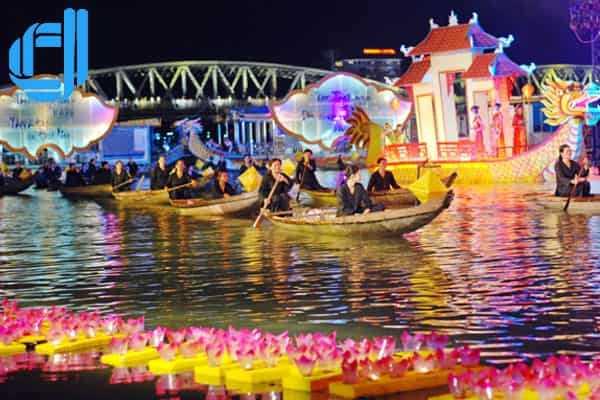 Ca Huế trên sông Hương - Nét riêng của nghệ thuật Huế