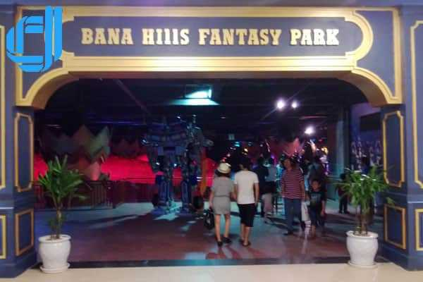 Kinh nghiệm du lịch Đà Nẵng Bà Nà trọn gói khám phá Fantasy Park