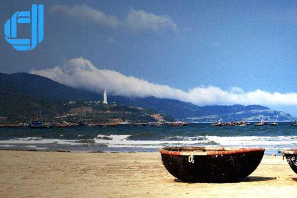 Kinh nghiệm du lịch Đà Nẵng giá rẻ thưởng thức hải sản tươi sống