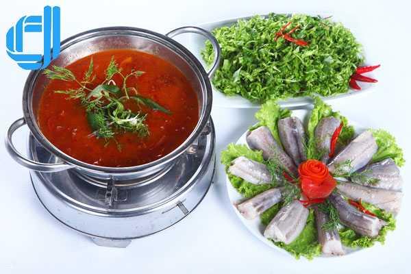 Lẩu cá khoai Quảng Bình - món ngon khó cưỡng vùng biển